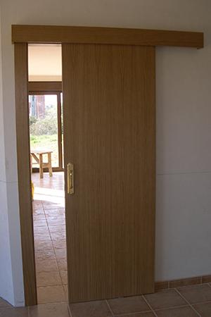 Enlace a la sección puertas correderas y plegables