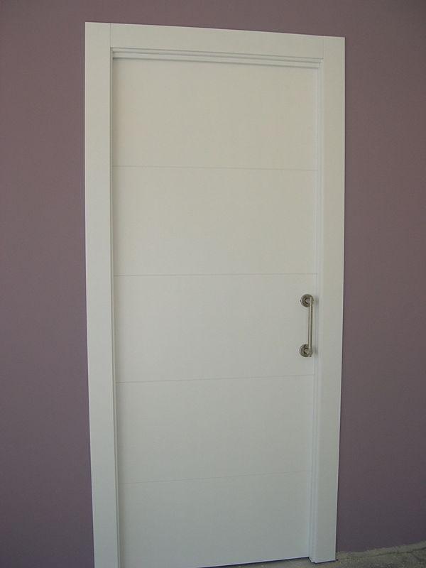 Puerta Lisa Modelo C8-Corredera