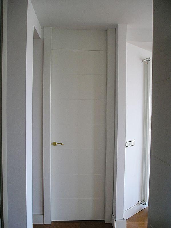 Puerta Lisa Modelo C8 con Montante