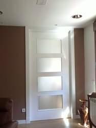 Puerta Lisa Modelo L2-4 Vidrios