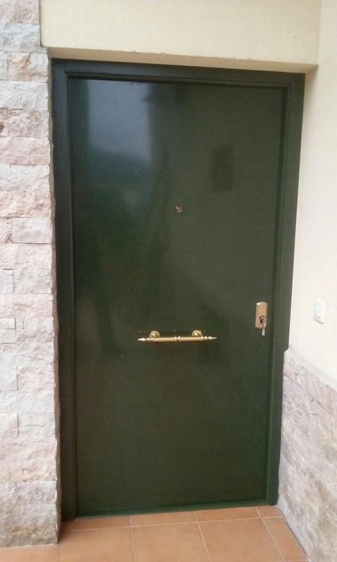 Puertas Videco -  P. Acorazada Aluminio Mod. Lisa - Puertas Videco
